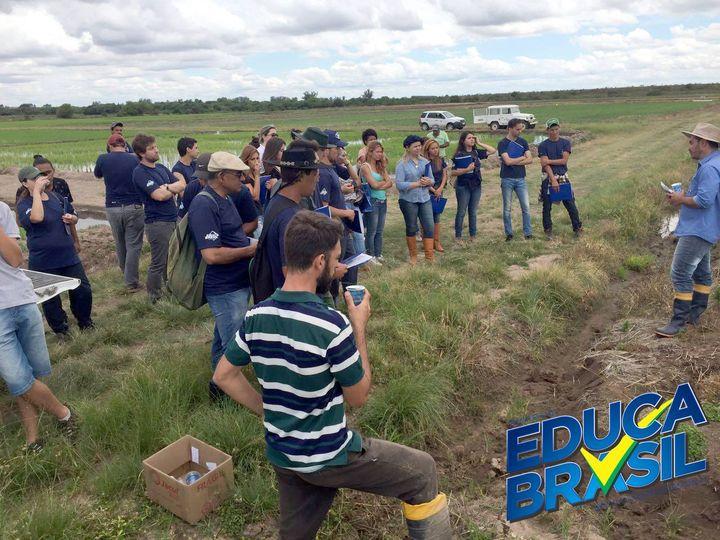 Dia de Campo | Alunos dos Cursos de Auxiliar Agrônomo e Assistente Veterinário | Bagé/RS