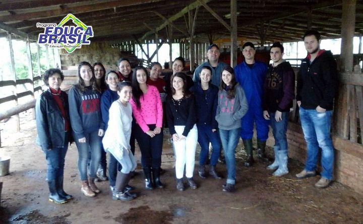 Visita Técnica | Turma do Curso de Assistente Veterinário | Santa Rosa/RS